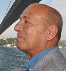"""Ex Sindaco Nicolantonio Montepaone: """"A Guardavalle si continua a gestire la fornitura delle mascherine in modo irresponsabile e clientelare"""""""