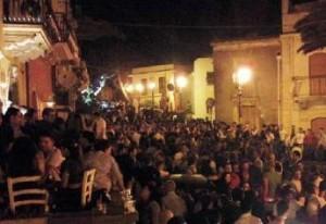 Folla al Borgo di Milazzo