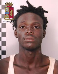 Messina. La Polizia arresta scafista senegalese. Mercato dei viaggi per migranti sempre più organizzato ed esteso