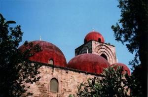 san giovanni degli eremiti architettura araba Palermo