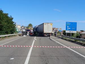 Cirò Marina (Crotone). Incidente stradale mortale sulla 106 Jonica.