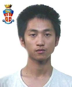 Barcellona P.G. (Me), impugna un'asta metallica e colpisce un Carabiniere. Arrestato cinese.