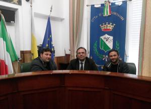 Villa S. Giovanni (Rc). Consegnata la petizione per l'intitolazione della Piazza a Franco Nisticò.