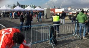Migranti: trecento persone sbarcate a Catania