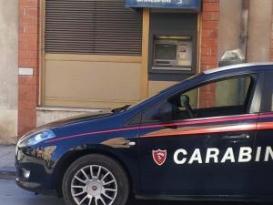 Caronia (Me), smascherato dai Carabinieri pregiudicato del posto che preleva soldi con il bancomat del vicino.