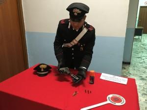 carabinieri pistola petilia