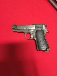 pistola petilia