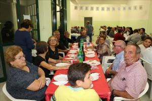 """Guardavalle Centro (Cz). Il Centro Anziani ha festeggiato i """"Nonni e le Nonne"""" con cena, musica e balli."""