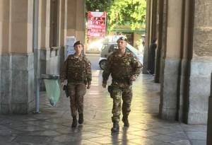 strade sicure guastori del 4 reggimento genio in vigilanza dinamica alla stazione centrale di Palermo