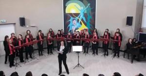 Maestra Riga e Coro al Pitagora
