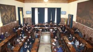 Messina. Mozione di sfiducia.  Gli smemorati della sfiducia: 12 consiglieri che dal 2015 l'hanno annunciata ma mai firmata