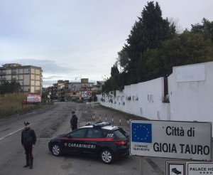 Rosarno (Rc). Carabinieri: due arresti  per detenzione illegale di munizionamento ed armi comuni da sparo e clandestine,