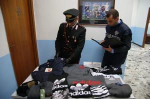 Petilia Policastro (Kr). Carabinieri: sequestro di numerosi capi di abbigliamento con marchi contraffatti