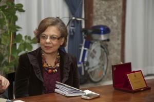"""Bovalino (Rc): domenica prossima al Caffè letterario Mario La Cava presentazione di """"Corpo estraneo"""", il nuovo romanzo di Annarosa Macrì"""