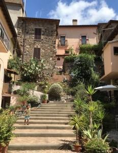 suggestivo angolo di un borgo italiano