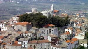 tipico borgo medievale italiano