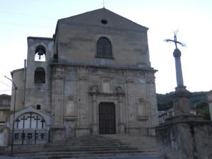 6-badolato_borgo-facciata-chiesa-san-domenico