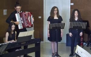 alunni-cantanti-e-suonatori