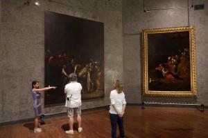 mume-visitatori-nella-sala-del-caravaggio-giugno-2017