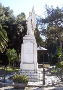 statua_italia_cosenza