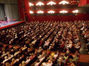teatro-ariston-sanremo-interno-con-pubblico