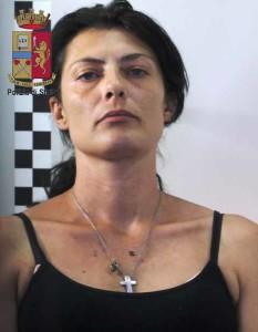 Messina. Tentata rapina. Minaccia la vittima con un ago. Arrestata