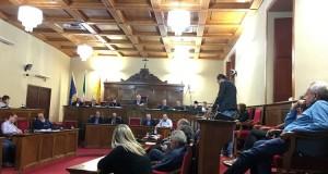 Milazzo. Consiglio comunale, rinvio per mancanza del numero legale
