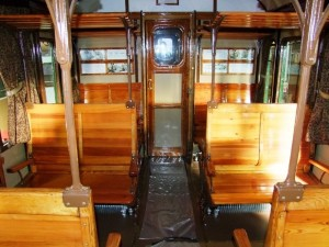 carrozze-treni-fs-con-sedili-di-legno-fino-al-1975-sulla-jonica