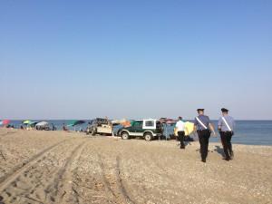 Cirò Marina (Kr). Controlli di baracche, acquascooter e autoveicoli sulle spiagge.