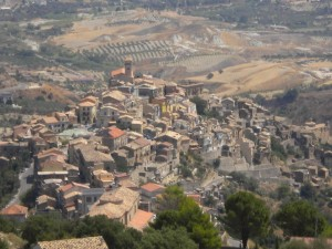borgo-di-badolato-da-angolazione-originale-e-inedita-2017