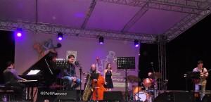 """I numeri del 37° Roccella Jazz Festival """"Rumori Mediterranei"""" confermano che la manifestazione  è più viva che mai.  Successo pieno per il progetto messo in campo dal Comune di Roccella."""