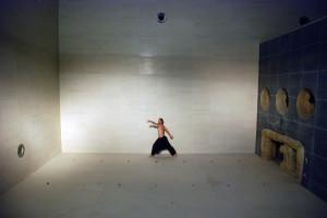 y-40-ballerino-in-fondo-alla-vasca-montegrotto-terme