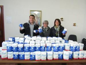 Chiaravalle C.le (Cz). Una donazione dolce e speciale. Donati al CVS 200 kg di zucchero per il banco alimentare.