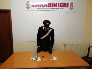 Barcellona P.G. (Me). Un arresto per detenzione ai fini di spaccio di sostanze stupefacenti.