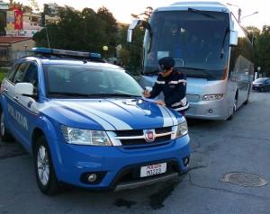Barcellona P.G. (Me). La Polizia di Stato sequestra quattro scuolabus. Elevate sanzioni per migliaia di euro.