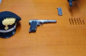 Gioiosa Jonica (Rc). Carabinieri: due arresti con l'accusa di danneggiamento aggravato e porto di arma clandestina in concorso.