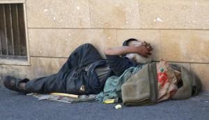 senzatetto-830x480
