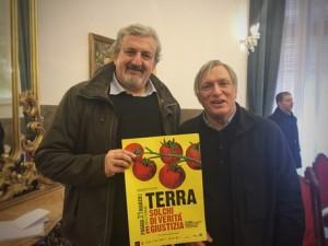 Il presidente Michele Emiliano con Don Ciotti