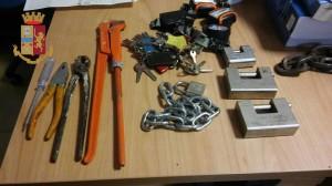 Messina. La Polizia di Stato arresta ladri in azione sulla A20.