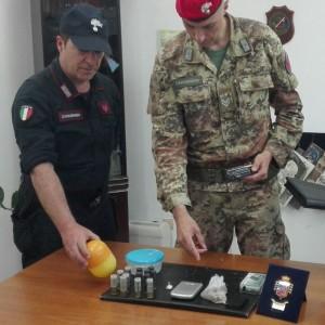 Locri (Rc). Carabinieri: un arrestoper detenzione abusiva di munizioni e produzione, traffico e detenzione illeciti di stupefacenti.