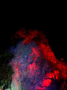 Gole dell'Alcantara (Ct). Inferno, debutto con eclissi di luna.