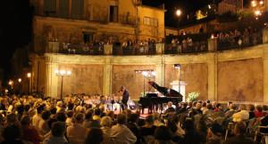 """Trecastagni (Ct). """"Trecastagni International Music Festival"""":  la musica classica sotto le stelle."""