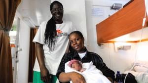 neonato-migranti-2018-foto-guglielmo-mangiapane