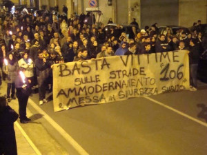 """Nuova S.S.106. Associazione """"Basta Vittime Sulla Strada Statale 106″: teniamo alta la guardia."""
