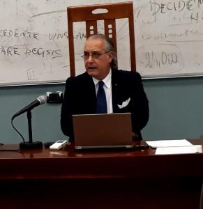 """Catanzaro. UMG: grande successo per il seminario su """"Diritto, giustizia, conflitto nella canzone d'autore italiana""""."""