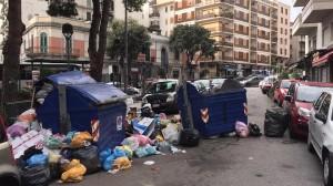 Messina. Degrado e sporcizia in pieno centro: protesta cittadina lungo il viale Boccetta