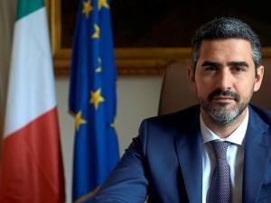 ministro-rapporti-con-il-parlamento-fraccaro-2018