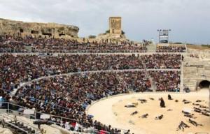 teatro-greco-siracusa-con-pubblico