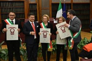 Caulonia (Rc) tra le 100 mete d'Italia. Il sindaco Belcastro premiato in Senato