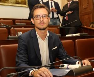 """Catania. Sangiorgio: """"Controlli e campagna informativa contro prodotti e botti illegali nel periodo natalizio a Catania e provincia""""."""